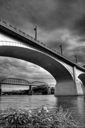 06 Bridges - HDR tonemapped BW