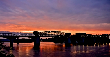 Early morning on the Chattanooga Riverfront