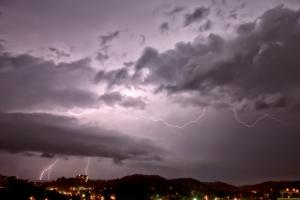 Lightening strike on Stringer's Ridge in Chattanooga, TN